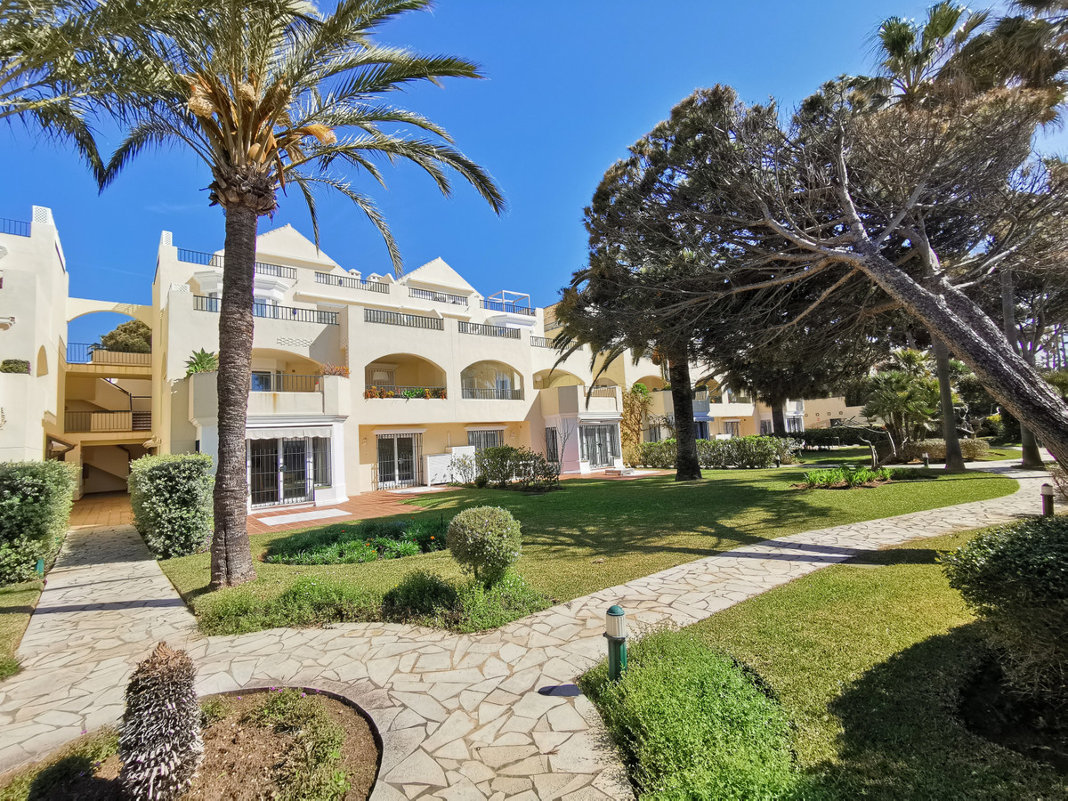 Beautiful beachfront garden apartment set in one the most sought-after development east Marbella nea Spain