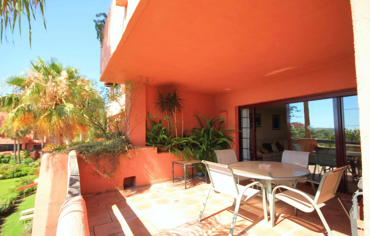 R2948237 Apartment La Mairena, Málaga, Costa del Sol