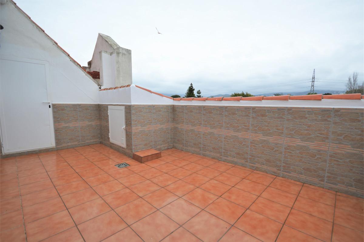 Marbella Banus Apartamento en Venta en San Pedro de Alcántara – R3840778