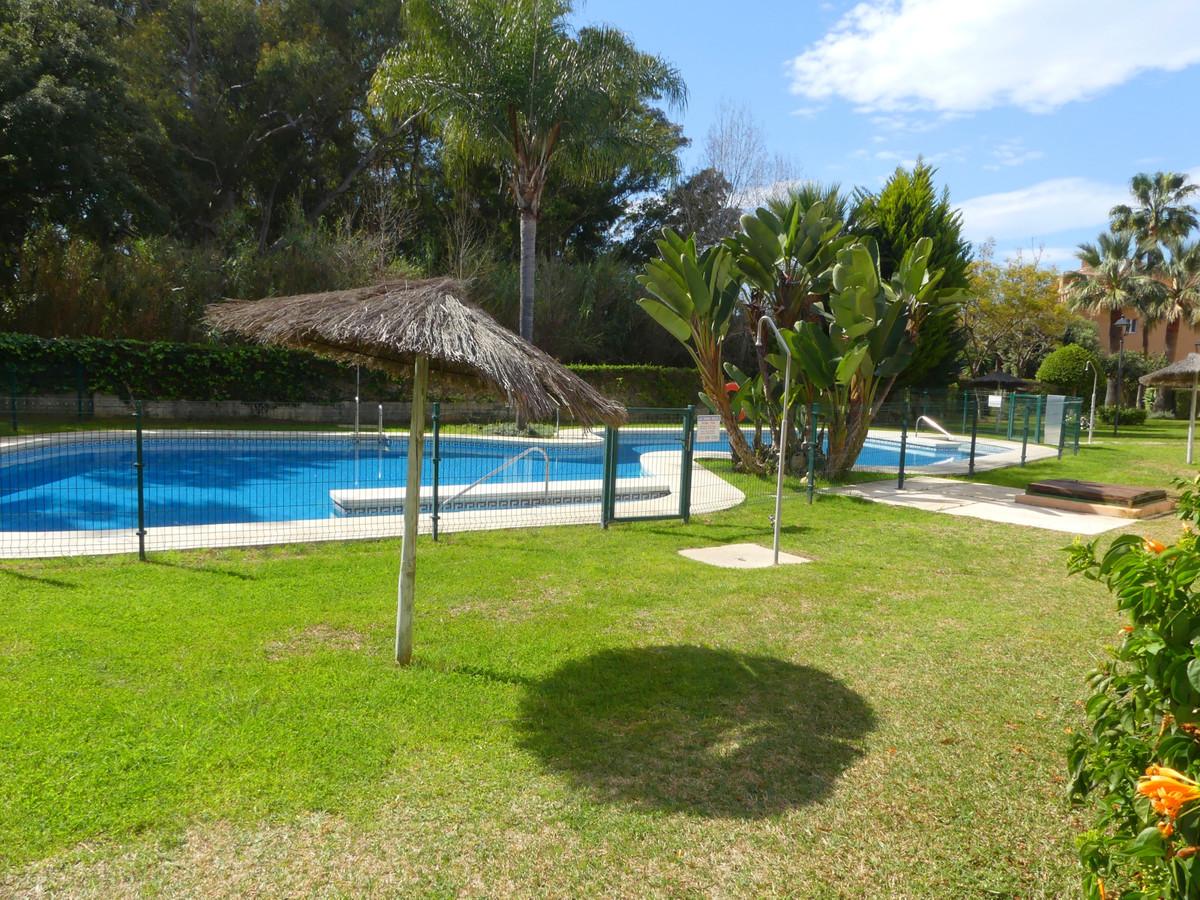 Apartamento Planta Baja en Venta en Artola – R3627008