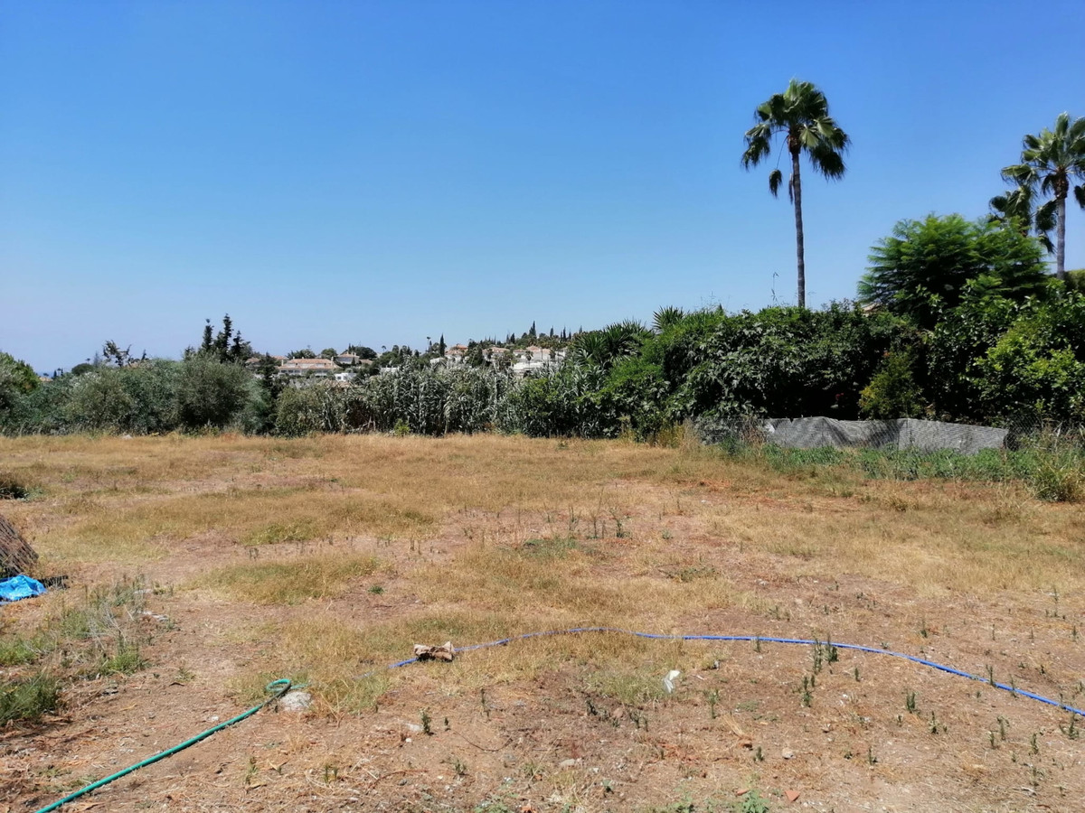 Plot located in Elviria  They are two plots but they are sold together, they total 1689m2 and 33% of, Spain