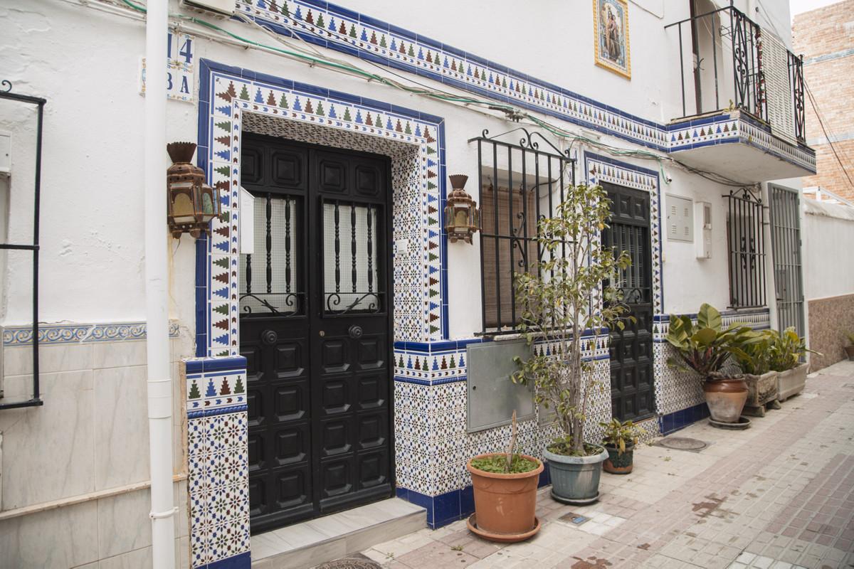 Marbella Banus Apartamento en Venta en Marbella – R3833203