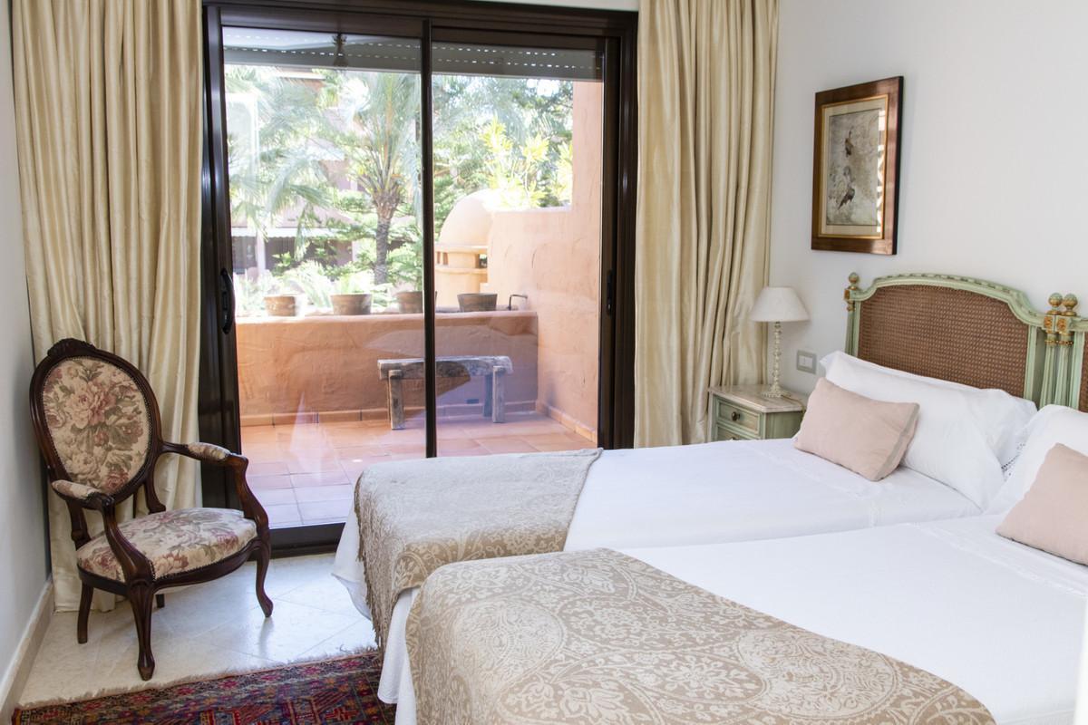 Квартира на продажу в Гуадалмина Баха – R3744916