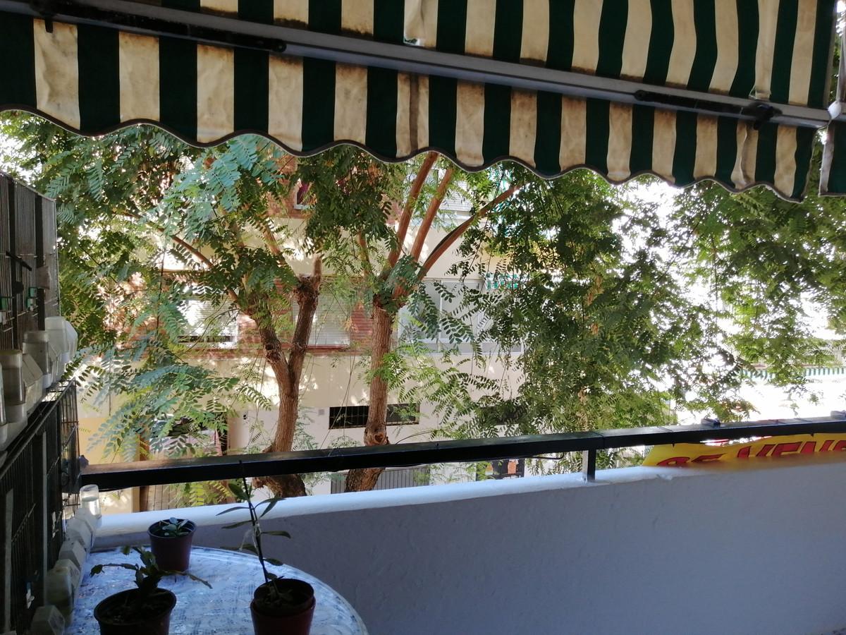 Marbella Banus Apartamento en Venta en Marbella – R3709280