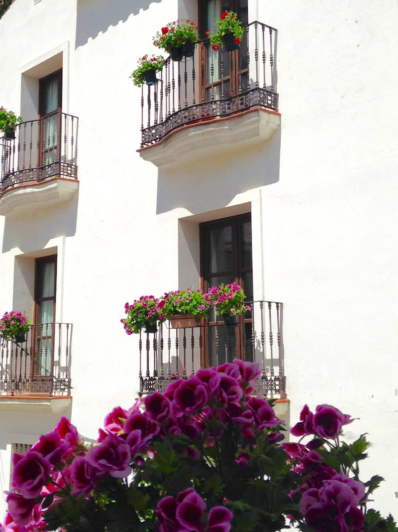 Marbella Banus Apartamento Planta Media en venta en Casares Pueblo – R3225511