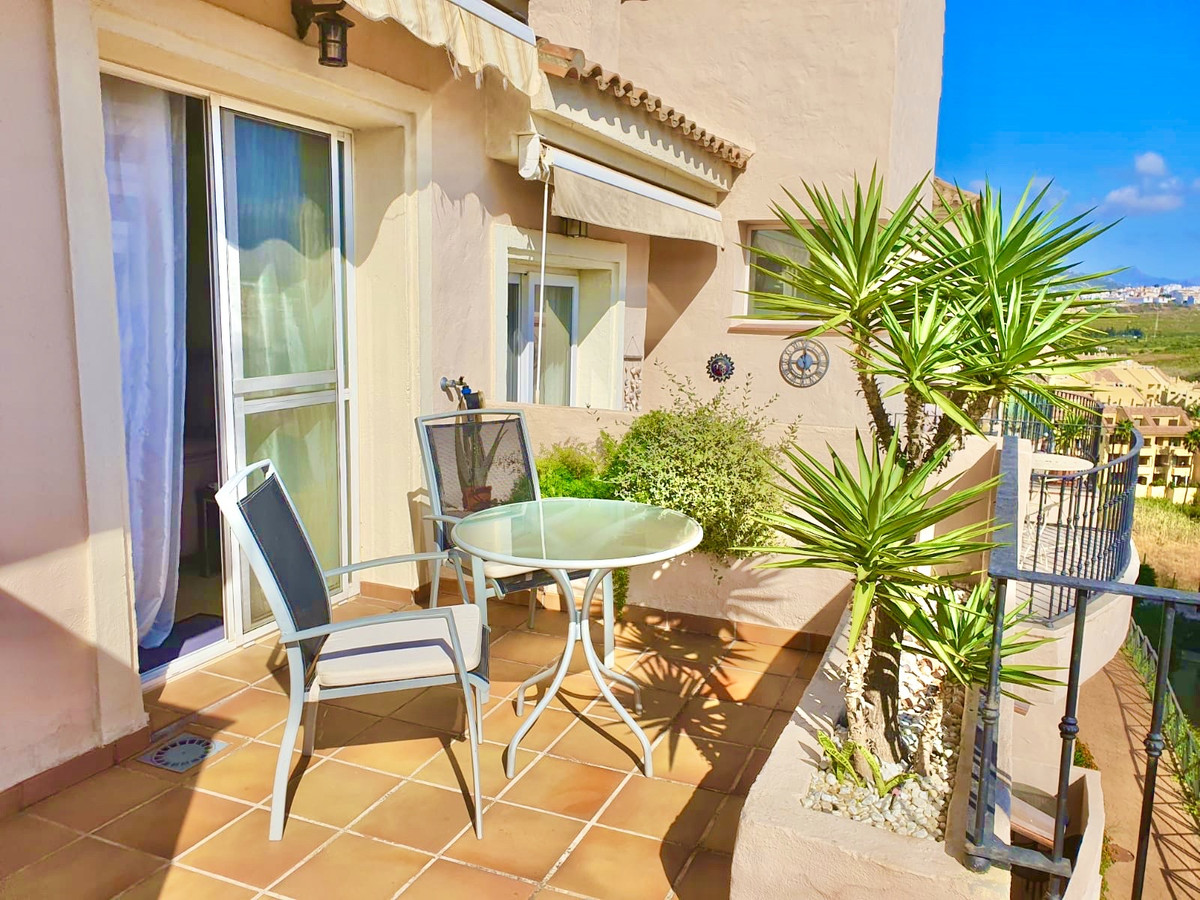 Modern bright and spacious well maintained three bedrooms duplex penthouse with some fantastic views, Spain