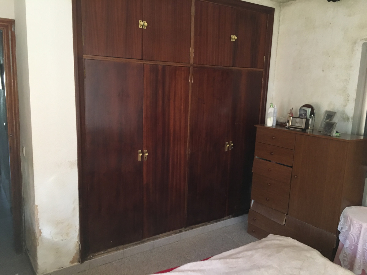 House in Algeciras R3666860 11