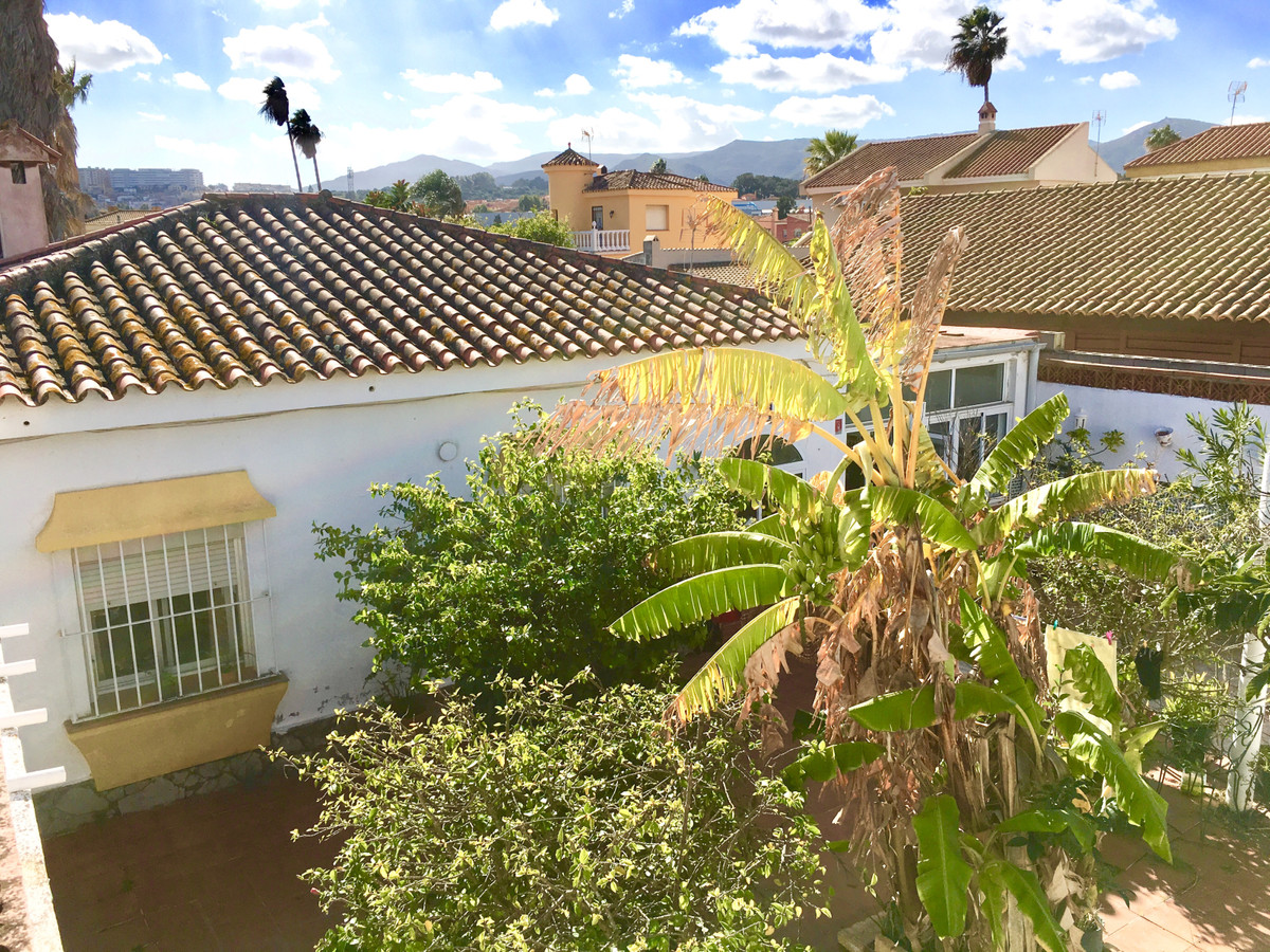 House in Algeciras R3484429 2
