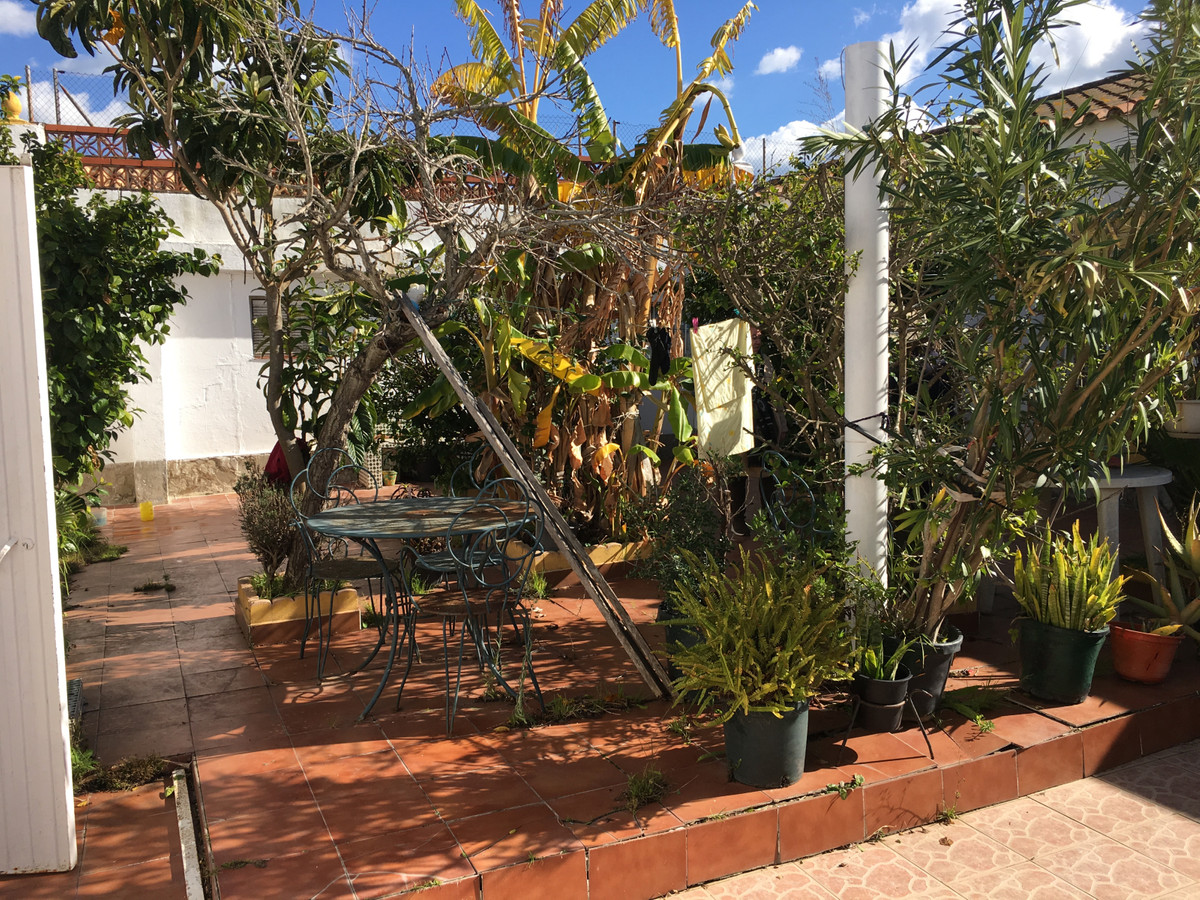 House in Algeciras R3484429 26