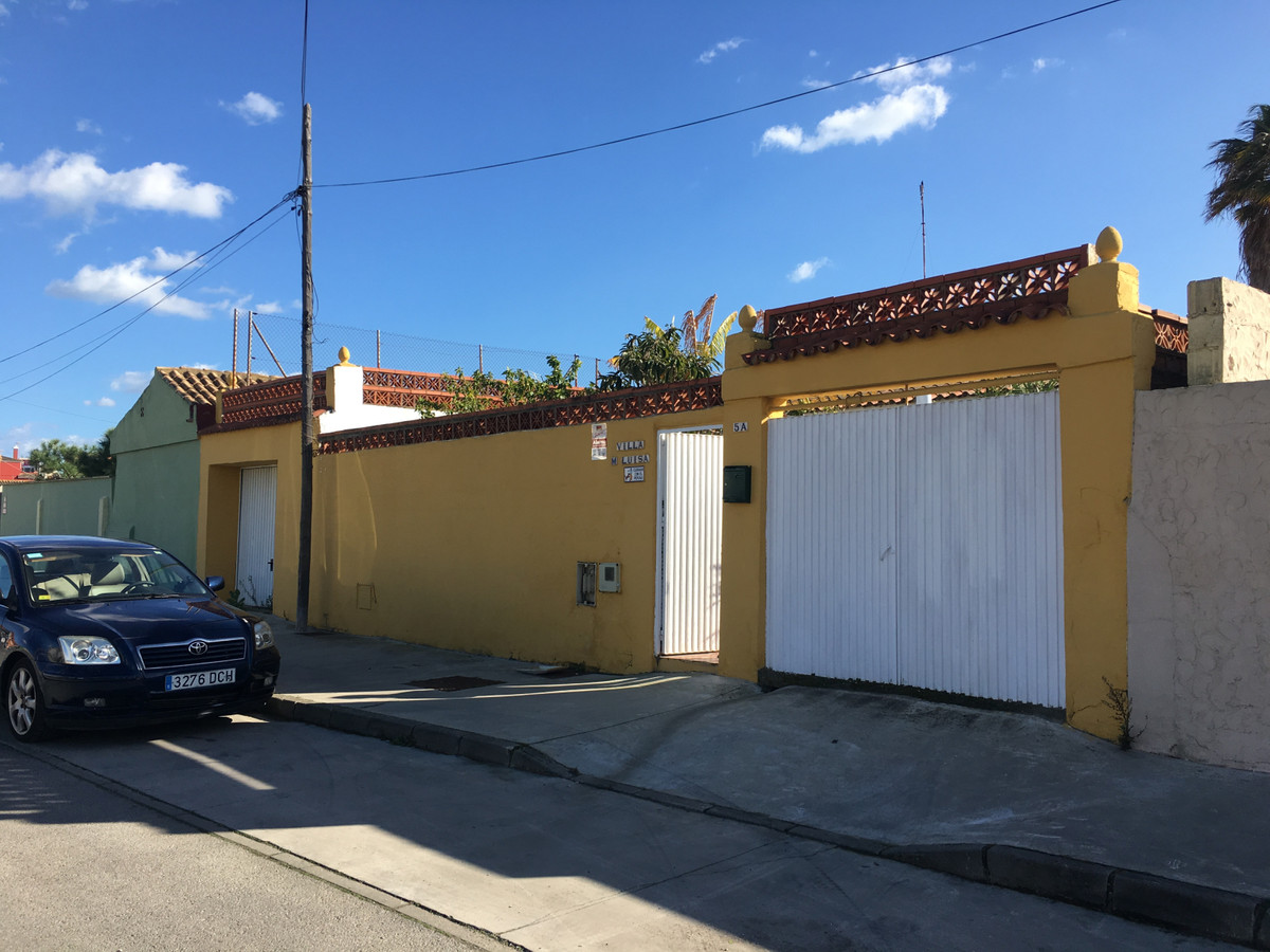 House in Algeciras R3666860 5