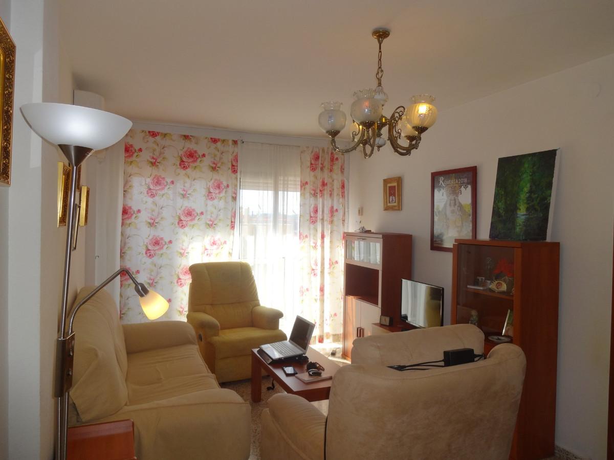 Apartamento 3 Dormitorios en Venta Mijas