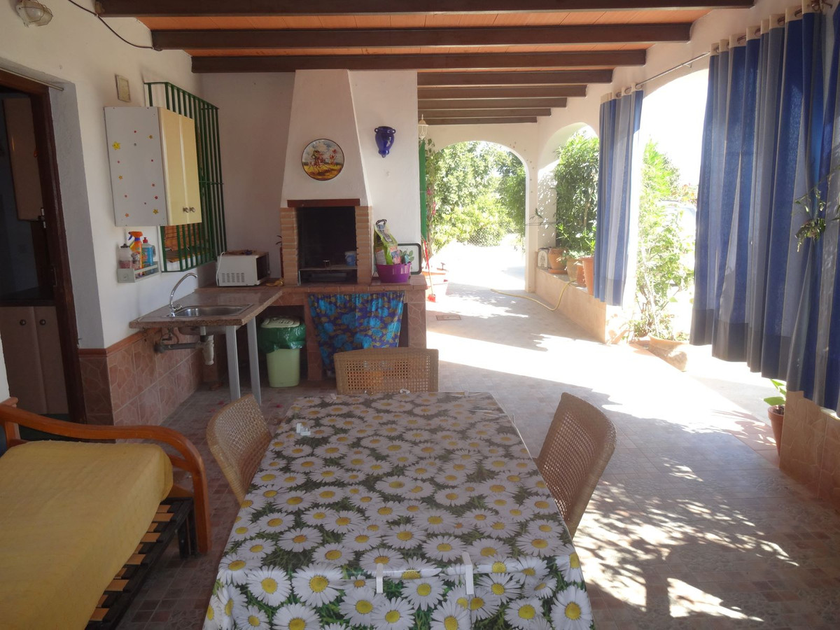 Plot for sale between Cartama and Coin near Los Arcos restaurant. Plot of 2600 square meters totally,Spain
