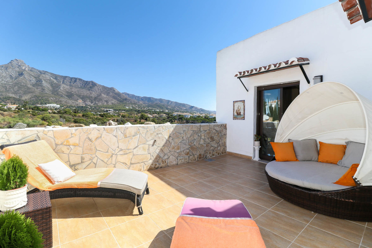 2 Bedroom Apartment for sale Marbella