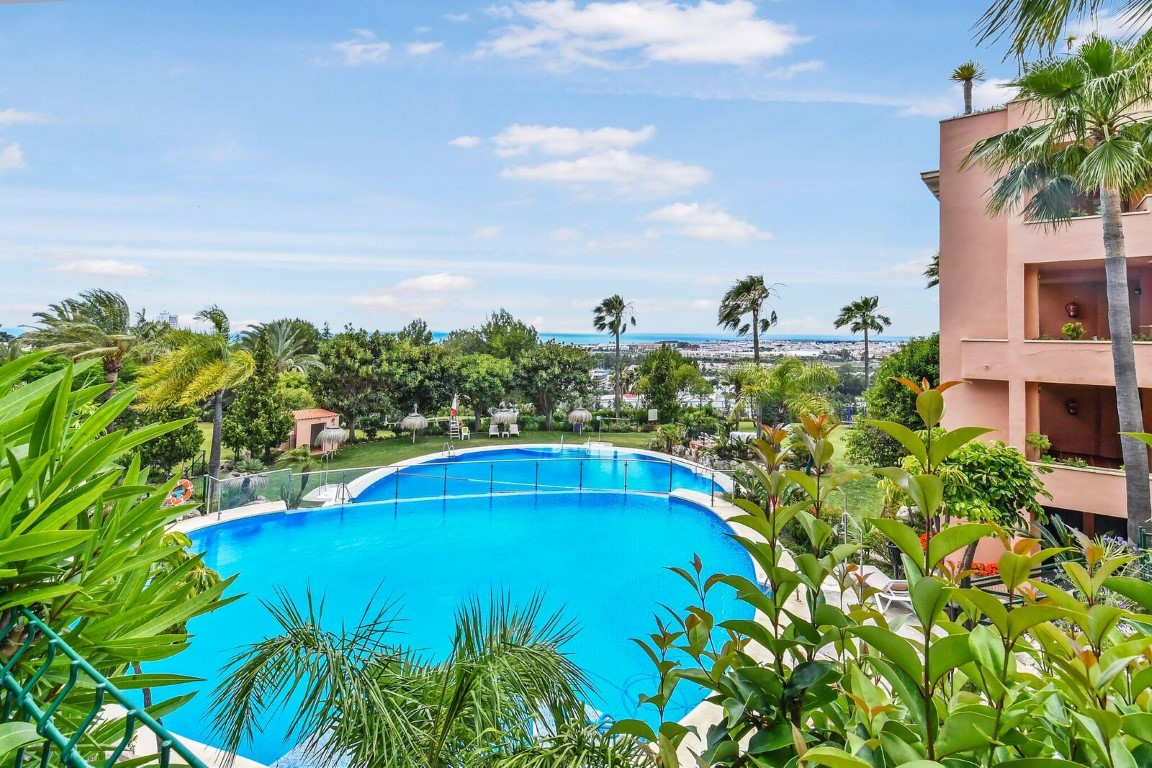 Fantastic Apartment all on one level, with spectacular views to the mountains and  the golf course o, Spain