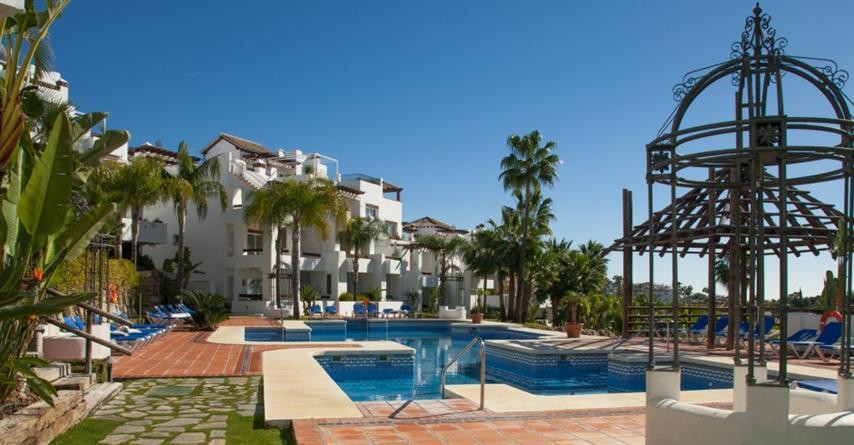 Ground floor apartment, with 3 cover terraces (62m2) joint together, from where you can see excellen, Spain