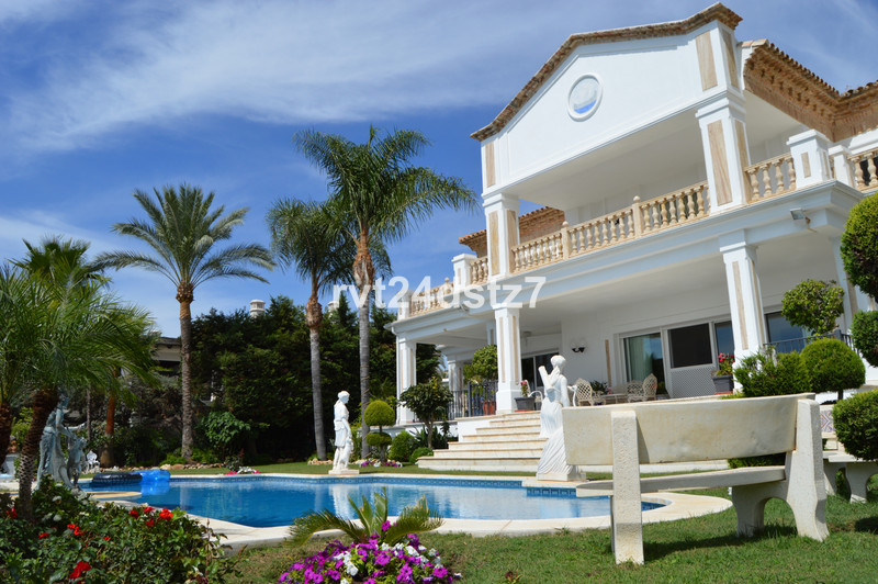 Se vende Villa – Chalet, Sierra Blanca – R3532870