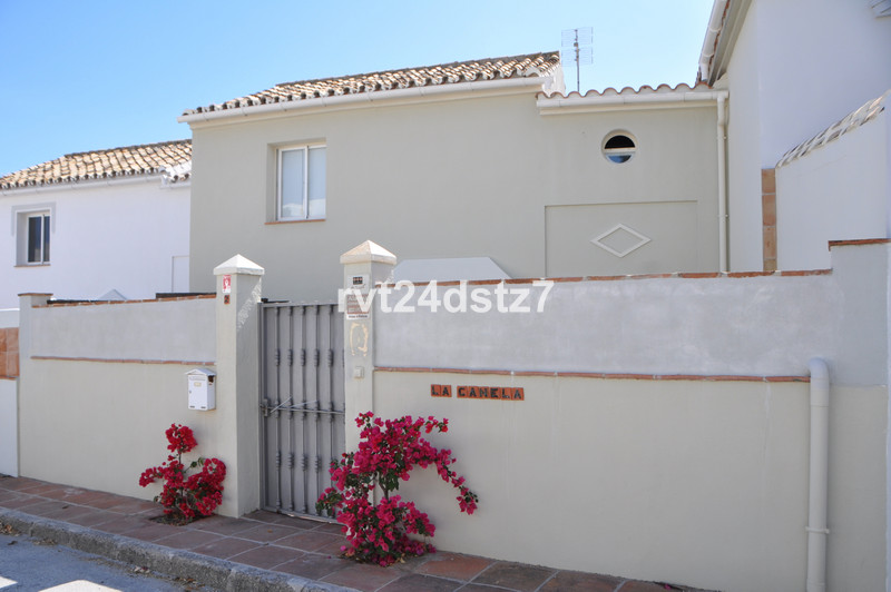 Townhouses for sale in Guadalmina 5