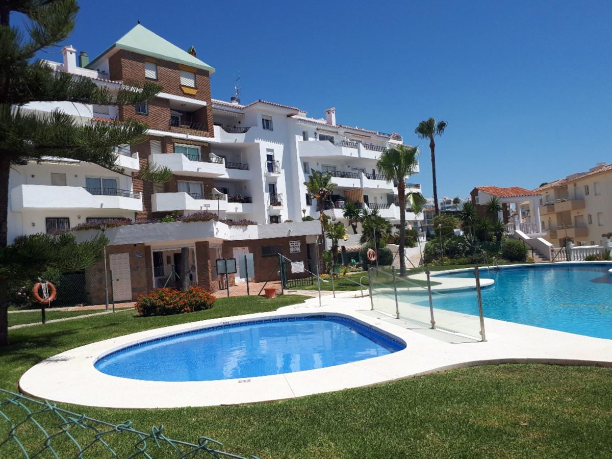 Middle Floor Apartment, Riviera del Sol, Costa del Sol. 2 Bedrooms, 2 Bathrooms, Built 74 m², Terrac,Spain