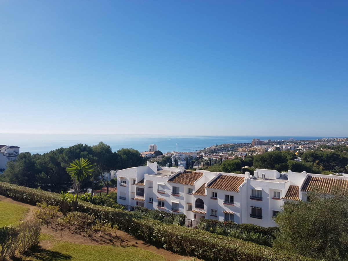 LOVELY SECOND FLOOR STUDIO IN MIRAFLORES RESORT  This lovely south west facing studio is situated  i, Spain