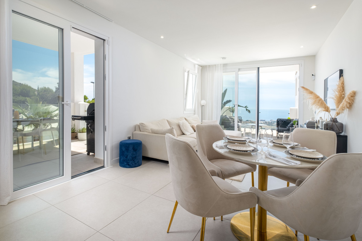 A picture is worth a thousand words! We present you the home you have always dreamed of. Luxury apar,Spain