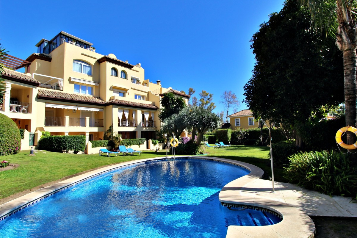 STUNNING FRONT LINE GOLF APARTMENT IN GUADALMINA ALTA  This lovely two-bedroom two-bathroom apartmen, Spain