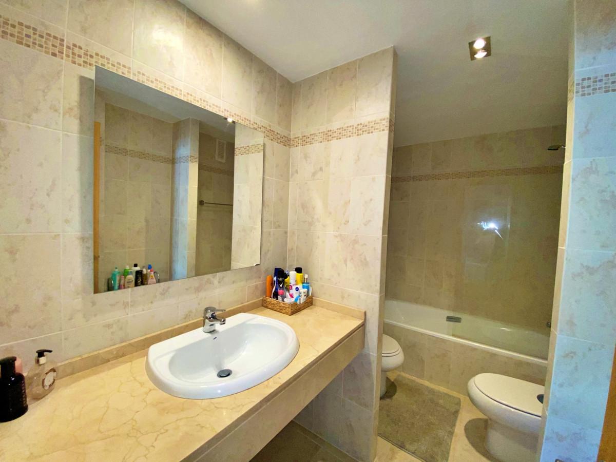 Apartamento en Venta en Selwo – R3930481