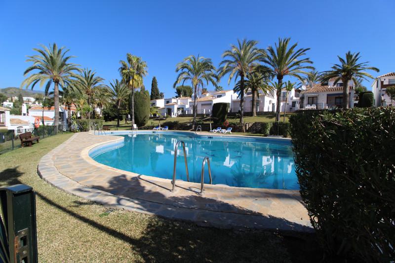 Villa – Chalet en venta en Marbella – R3604058