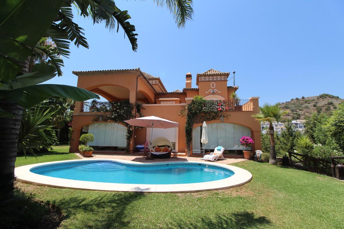 Detached Villa for sale in La Quinta R3463471