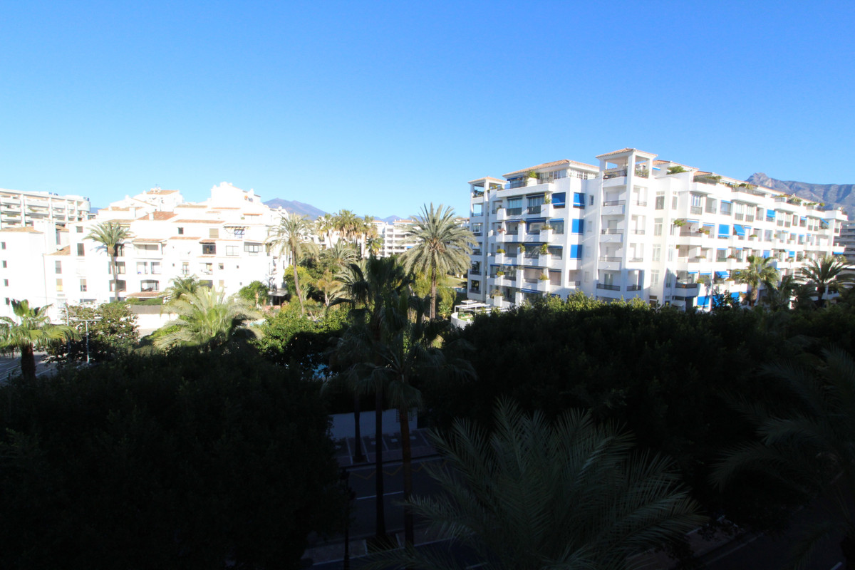 A RARE OPPORTUNITY TO ACQUIRE TWO APARTMENTS TO REFORM PUERTO BANUS   This apartments with each of t,Spain
