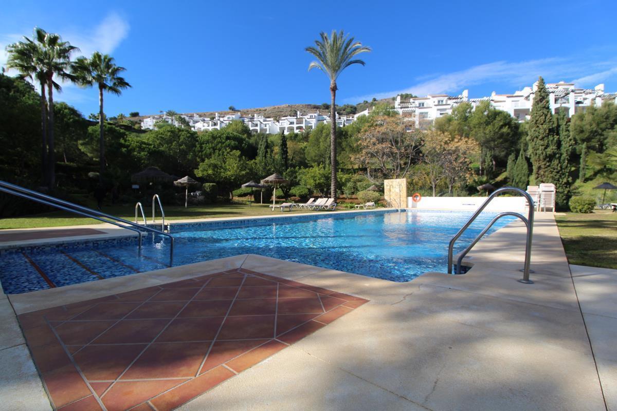 Apartamento Planta Baja en Venta en La Quinta – R3065629