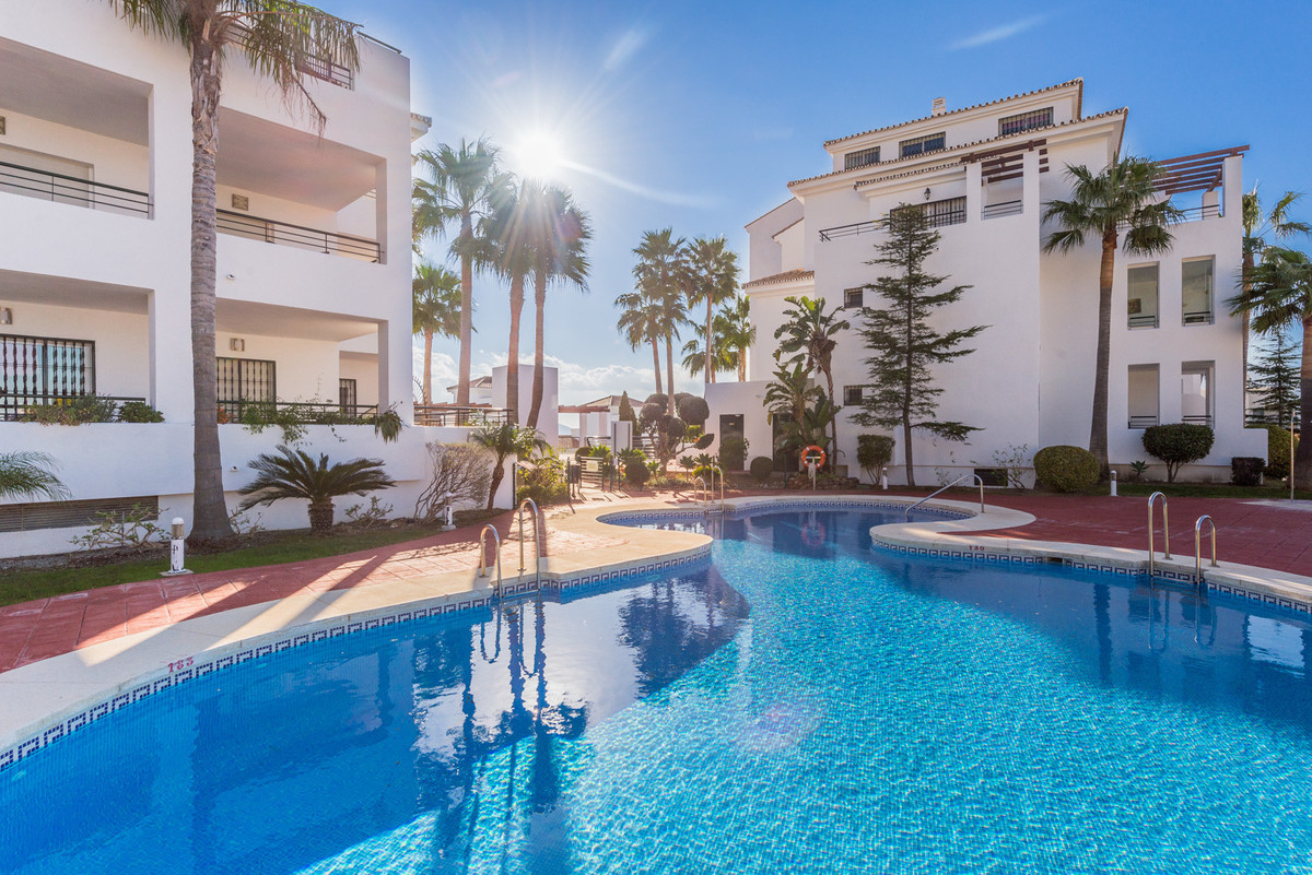 Duplex Penthouse for sale in Alhaurin Golf, Alhaurin el Grande, with 3 bedrooms, 2 bathrooms, 1 en s, Spain