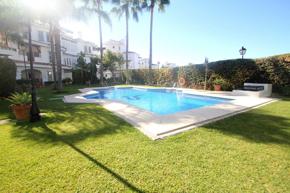 Ground Floor Apartment for sale in Los Naranjos de Marbella, Marbella with 2 bedrooms, 2 bathrooms, ,Spain