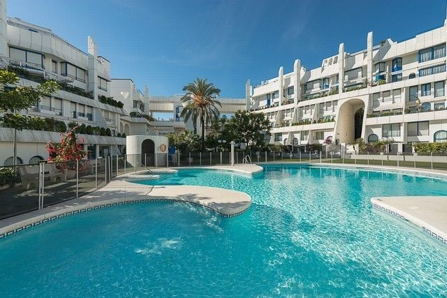 4-bed-Ground Floor Apartment for Sale in Marbella