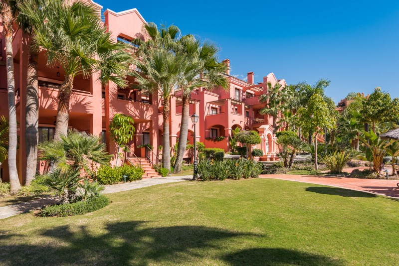 R3182854: Apartment in Puerto Banús