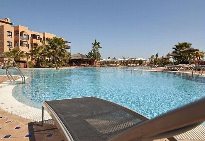 1 bedroom Apartment in New Golden Mile, Costa del Sol image 1