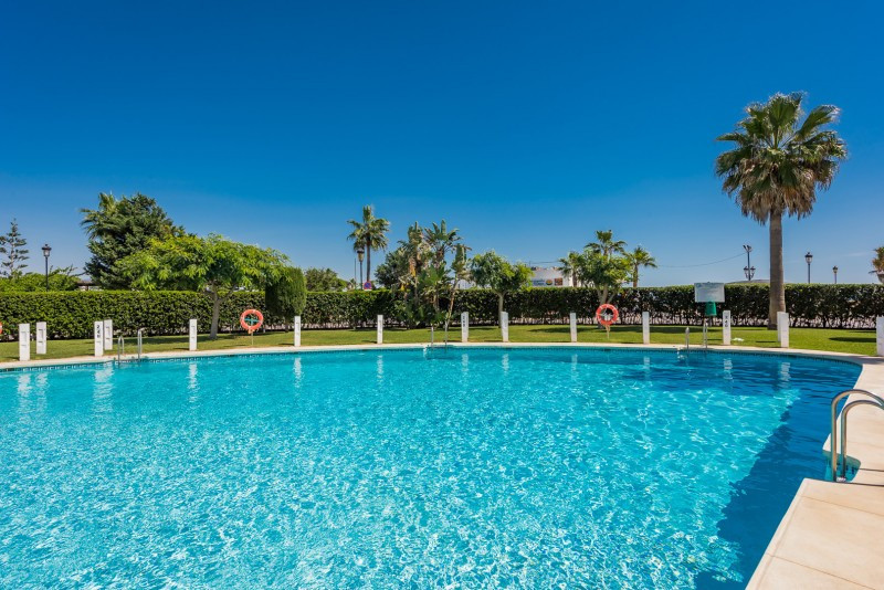 Apartment for sale in Sabinillas, Manilva, with 3 bedrooms, 2 bathrooms, the property was built in 1,Spain