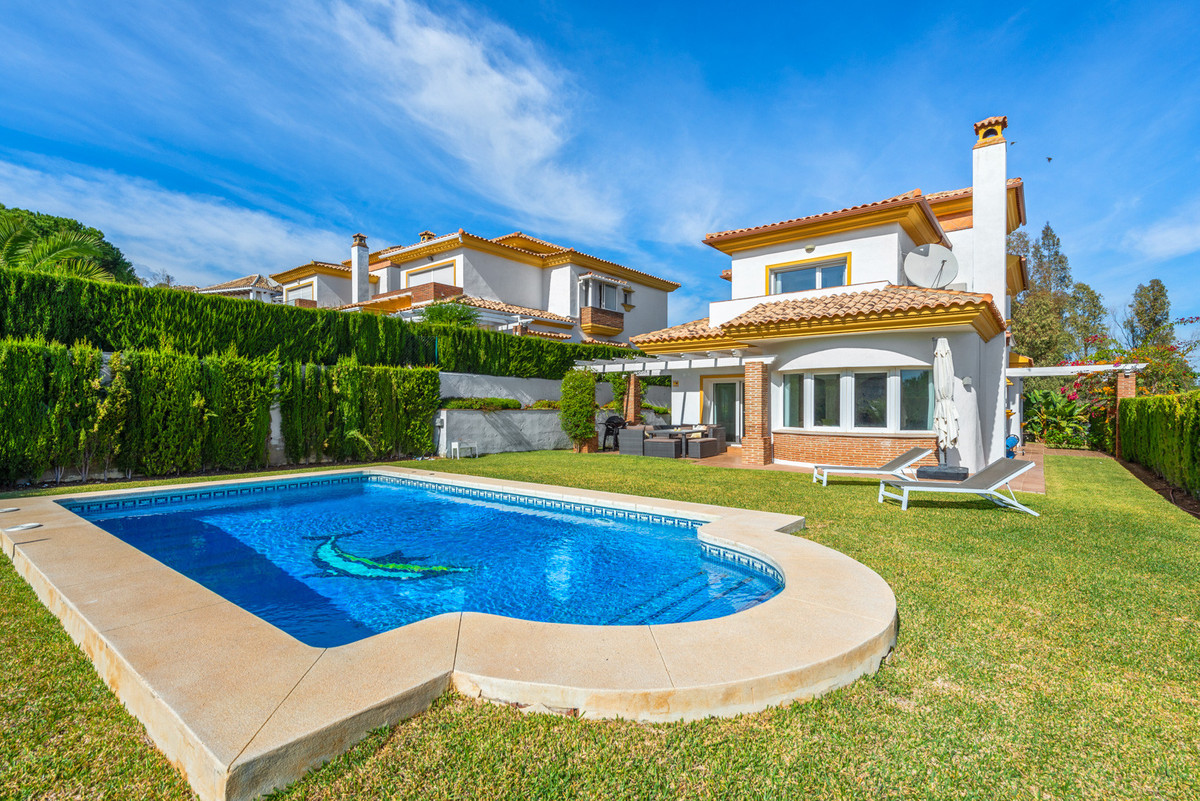 Villa Detached La Cala Golf Málaga Costa del Sol R3540481