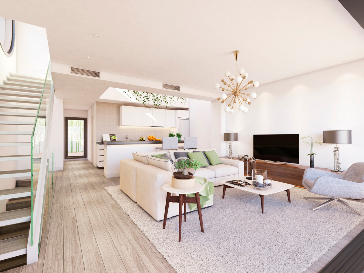 Town House for sale in Cancelada, Estepona, with 4 bedrooms, 2 bathrooms, 1 toilets and has a swimmi,Spain