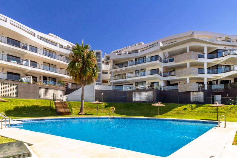 Apartment for sale in Riviera del Sol, Mijas Costa, with 2 bedrooms, 2 bathrooms and has a swimming , Spain