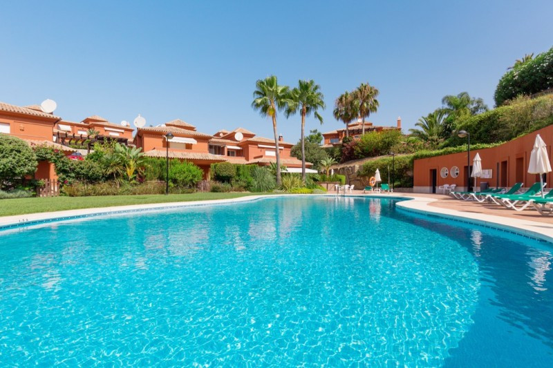 Semi Detached House for sale in Santa Clara, Marbella East, with 5 bedrooms, 5 bathrooms and has a s,Spain