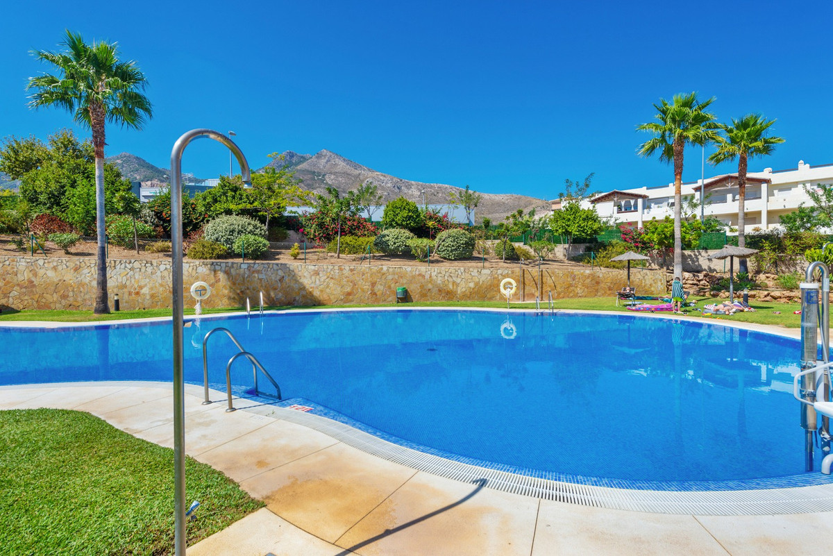 Apartment for sale in Benalmadena, with 2 bedrooms, 2 bathrooms, 1 en suite bathrooms, the property , Spain