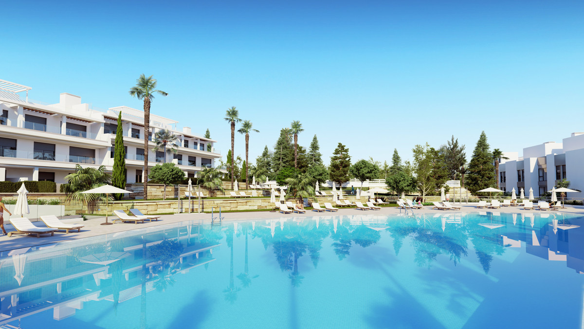 Town House for sale in Cancelada, Estepona, with 2 bedrooms, 2 bathrooms and has a swimming pool (Co,Spain