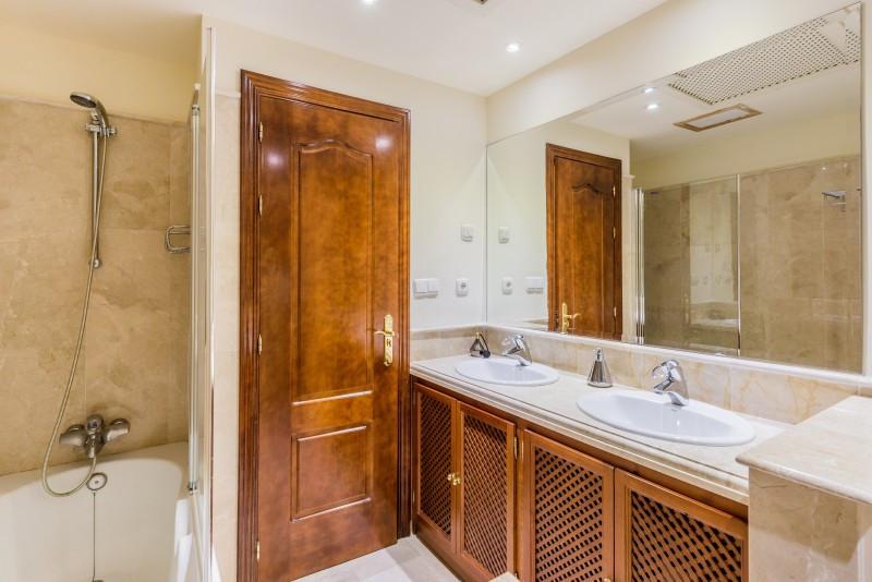5 Dormitorio Unifamiliar en venta Marbella