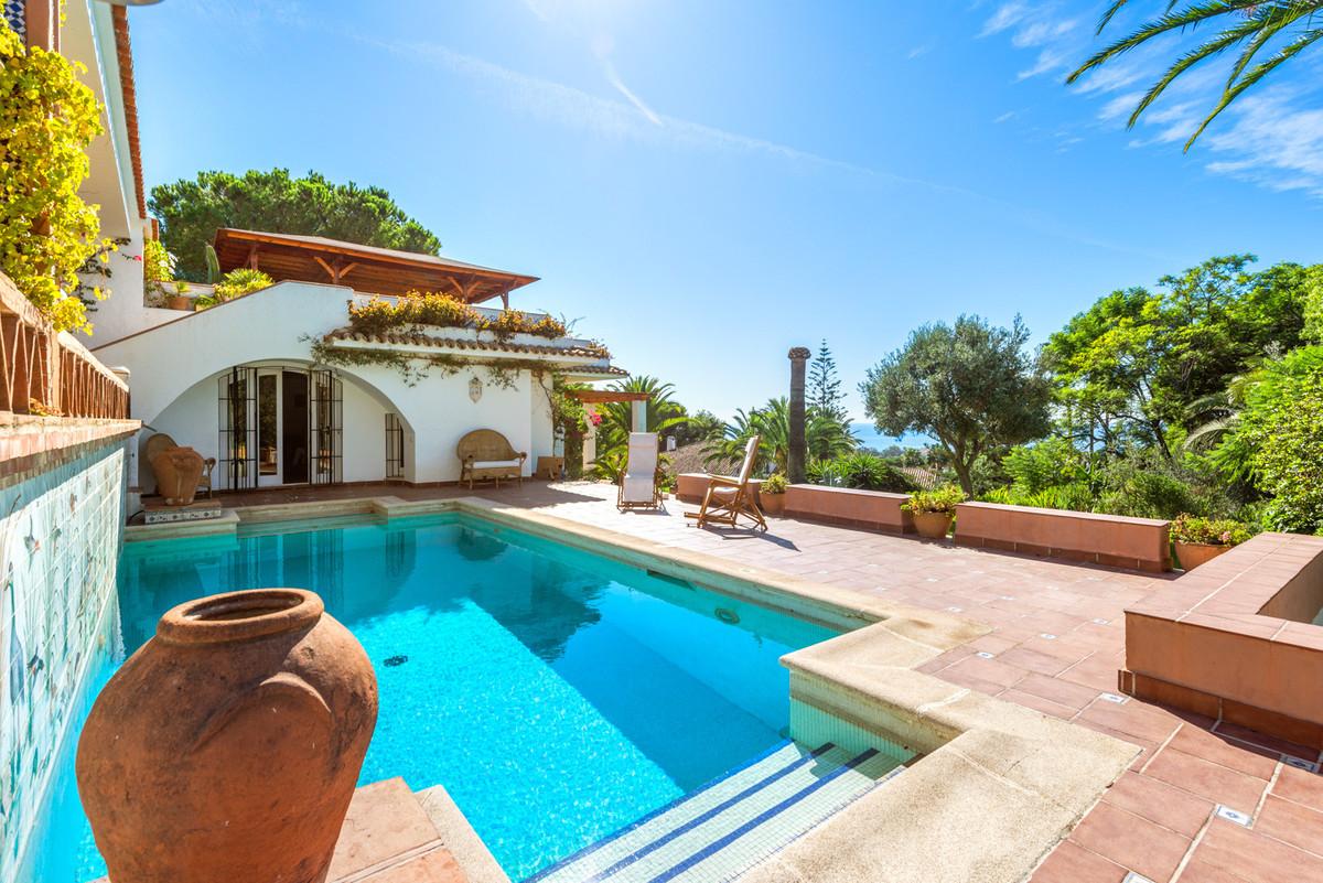 Villa Detached Hacienda Las Chapas Málaga Costa del Sol R3532342