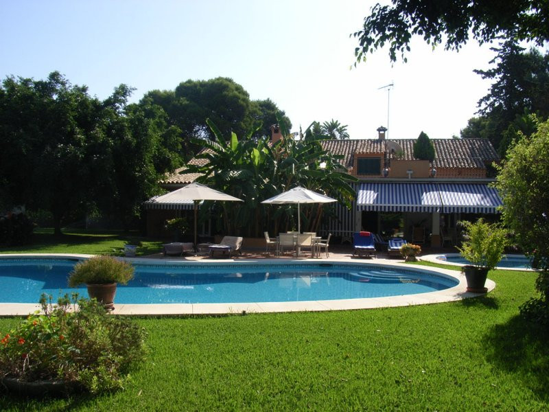 House in Estepona R78056 1
