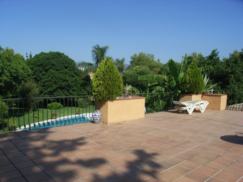 House in Estepona R78056 2