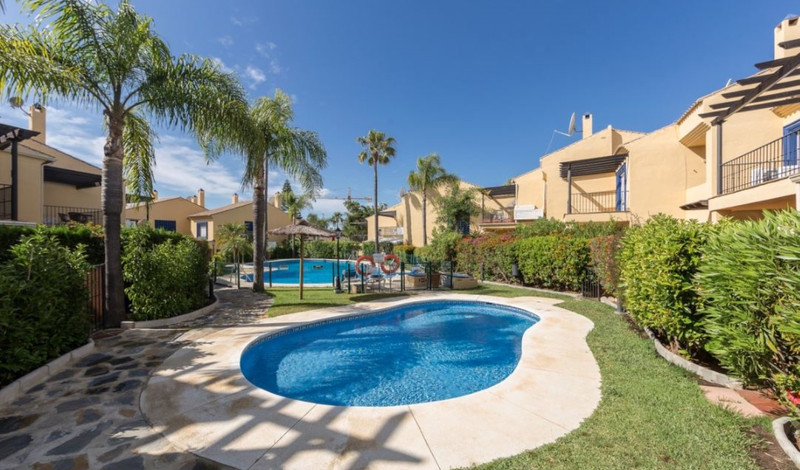 Semi-Detached House - Puerto Banús - R3509281 - mibgroup.es