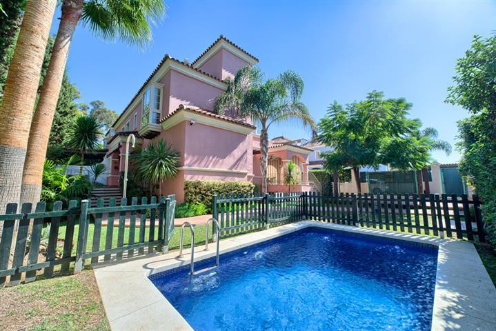 Luxurious villa situated in a frontline beach community walking distance to Puerto Banus. The proper,Spain