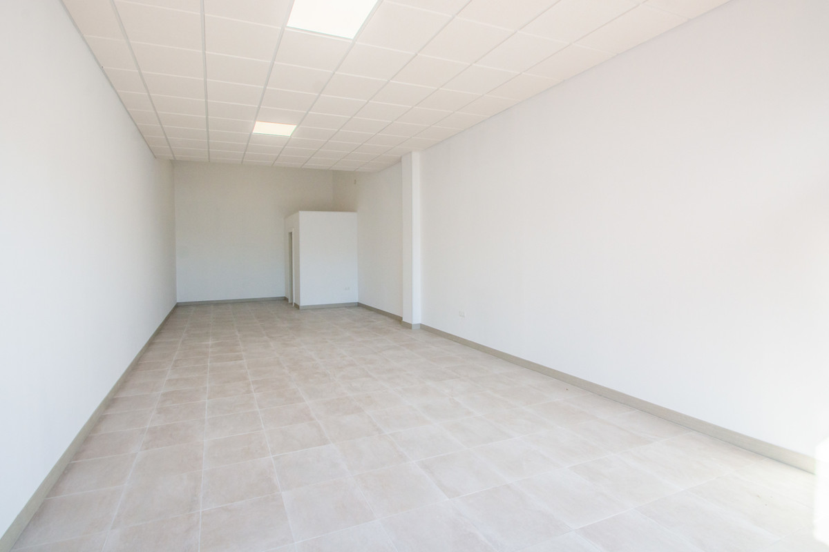 Commercial premises in La Mairena with private parking.  Office, La Mairena, Costa del Sol. 1 Bedroo, Spain