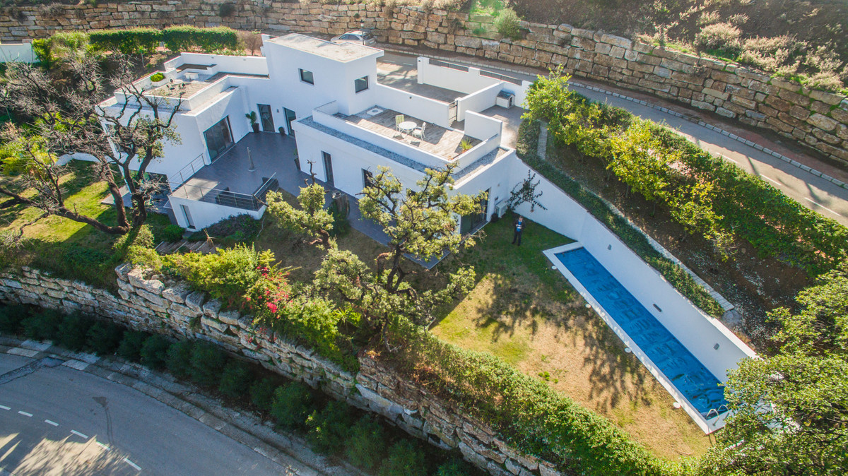 The Villa LOR is everything one could dream and hope for. This newly built property with its contemp,Spain